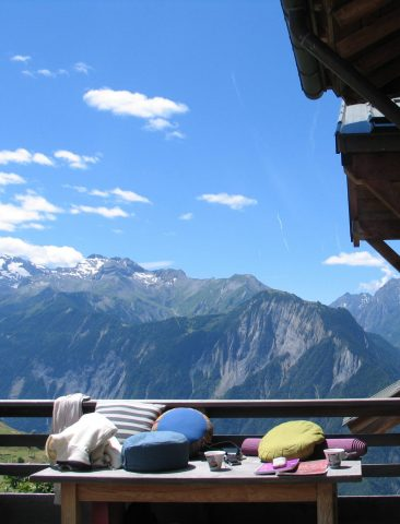 Visuel Yoga exterieur montagne